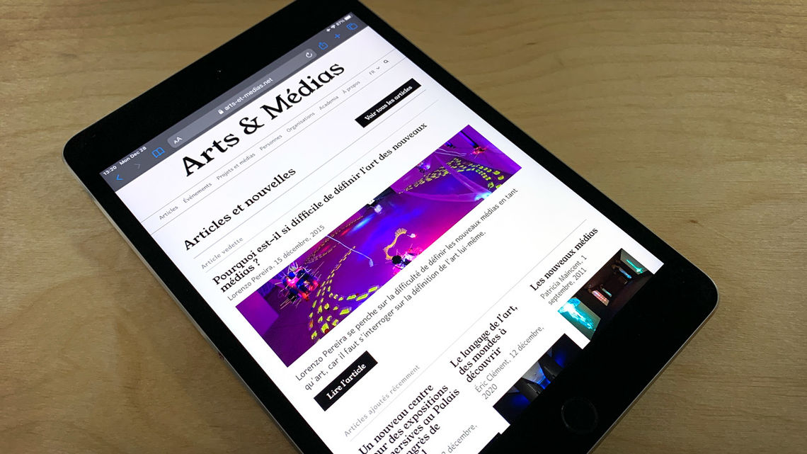 Arts & Médias' homepage on iPad